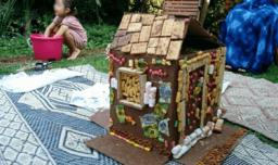 שוקוללה - בניית בתים מממתקים
